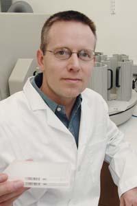 (El Dr. Steven Kliewer ha participado en la investigación.) (Foto: UTSMC)